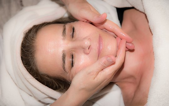 Medical Spa Non-Surgical Options To Tighten Skin